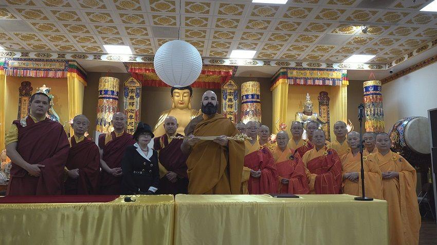 维加斯新闻报      世界和平奖颁奖委员会暨授称委员会: 对H.H.第三世多杰羌佛的世界佛教教皇册封是无可变更的